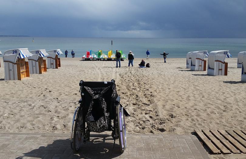 cadeira de rodas praia
