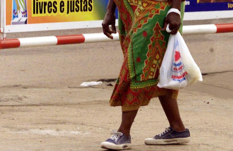 Moçambique plástico